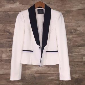 NWOT White tuxedo blazer ZARA 🤵